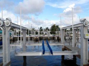 miami-river-cove-boat-lift-15
