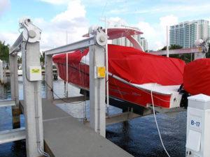 miami-river-cove-boat-lift-12